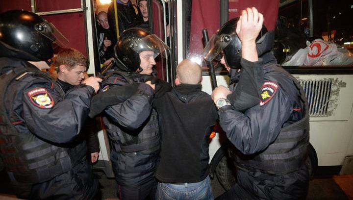 """Число задержанных участников акции """"Наш ответ Курбан Байраму"""" возросло до 300"""