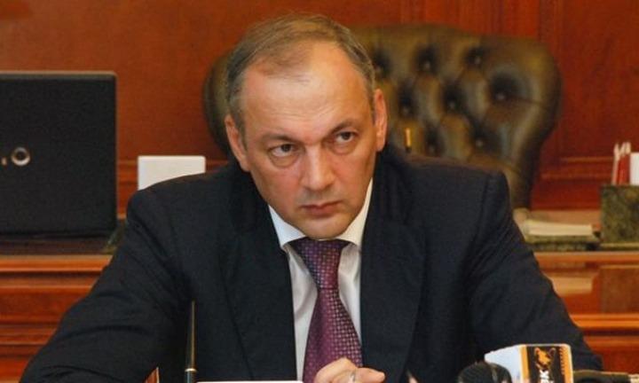 У замглавы администрации президента Магомедова есть серьезные претензии к работе правительства