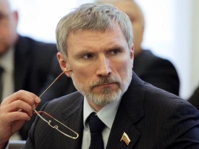 Депутат Журавлев предложил напомнить россиянам о нацистском прошлом брендов