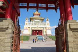 Строительство первого буддийского храма в Москве приостановлено