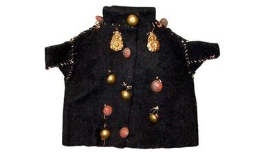 Ученые: Северные ханты одевают духов-покровителей в чиновничьи мундиры