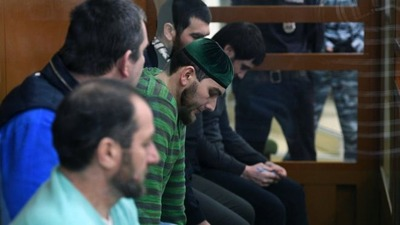 Адвокат обвиненных в убийстве Немцова пожаловался на предвзятость по этническому признаку