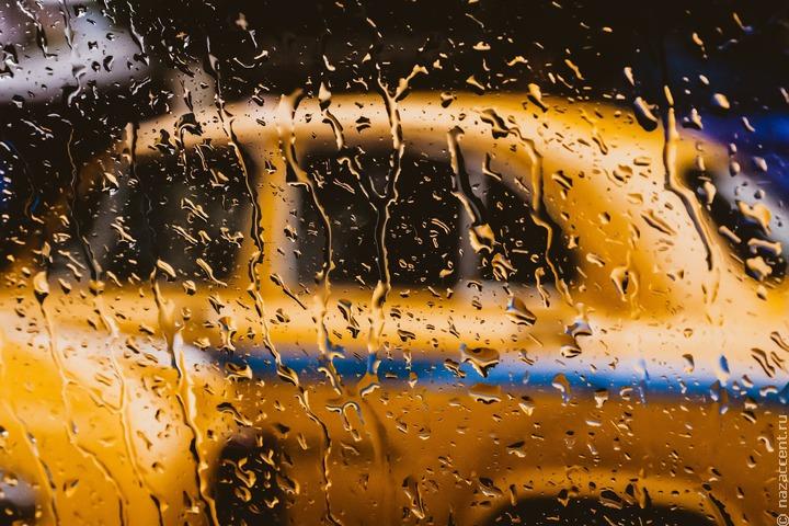 В Москве прекратят подключать к агрегаторам такси водителей с иностранными правами
