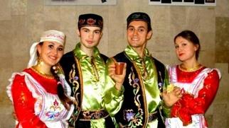 Нам татарам лишь бы даром