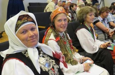 Языки финно-угорских народов смогут учить дистанционно в Омской области