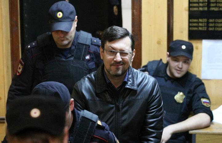 Арест националиста Поткина суд продлил до февраля