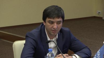 Глава Крыма уволил председателя Госкомнаца