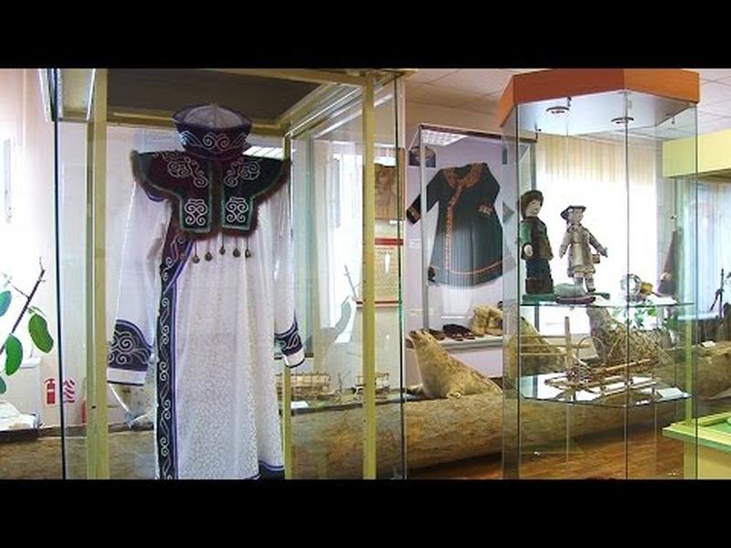"""Выставка """"Живые традиции предков"""" в Охе"""