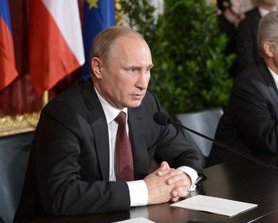 Путин выступил против излишней латинизации языка