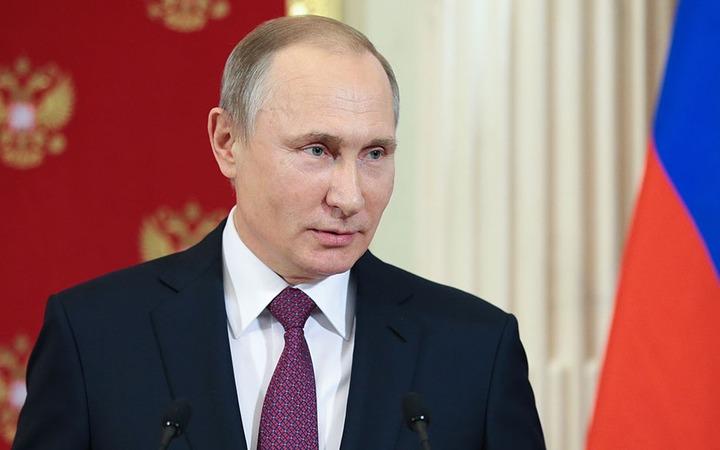 Путин разрешил мигрантам из Киргизии водить без российских прав