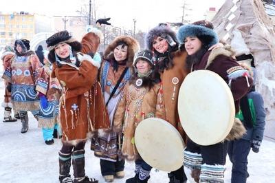 Корякский Новый год в Магадане отметили обрядами и ритуальным забегом