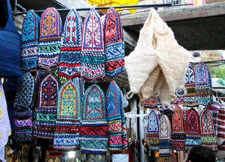 Дагестанские вязальщицы представили свои работы в Махачкале
