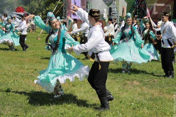 В Татарстане предложили учредить День национальной одежды