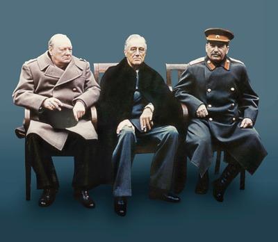Владимир Путин оценил выставку Росархива о борьбе с нацизмом