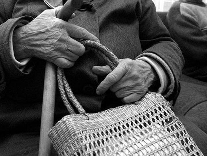 Националисты Петербурга заступятся за русских бабушек, на которых нападают мигранты