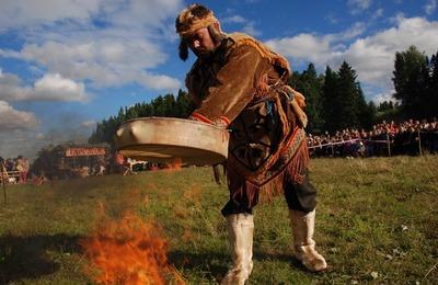 Коренные народы Томской области высадят деревья, чтобы привлечь внимание к пожарам в Сибири