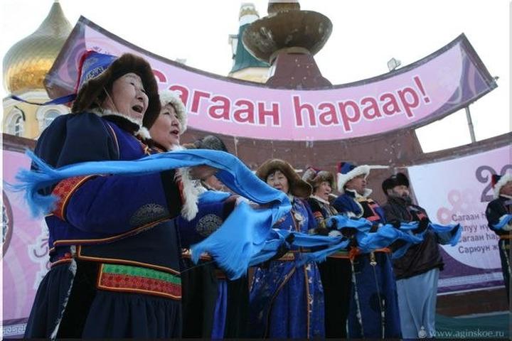 В Москве отпраздновали Сагаалган