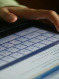 Депутаты хотят штрафовать соцсети за отказ удалять разжигающую рознь информацию