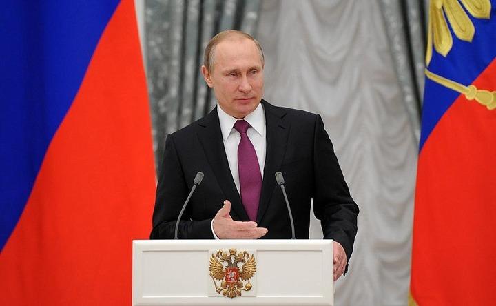 Путин учредил премию за вклад в укрепление единства нации