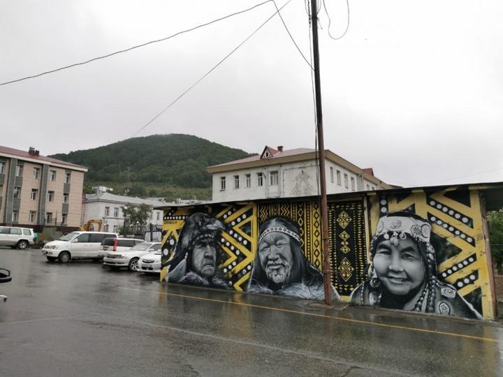 Этнические граффити появились в Петропавловске-Камчатском
