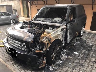 В Мурманске сожгли машину главы еврейской общины