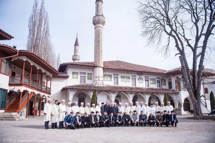 ДУМ Крыма возмутила установка поклонного креста возле места проживания крымских татар
