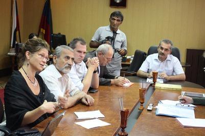 В Дагестан приехала делегация Европарламента, изучающая соблюдение прав народов в Азербайджане