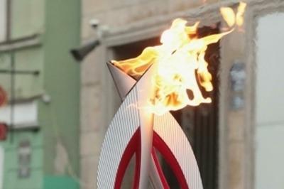 Омский факелоносец посвятил свой этап эстафеты олимпийского огня убитому боксеру Ивану Климову