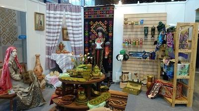 """В Уфе стартовал фестиваль """"Уфа-Ладья. Арт. Ремесла. Сувениры"""""""