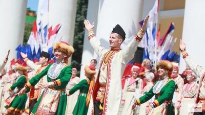 Российские стереотипы: марийцы колдуют, а осетины такие красивые