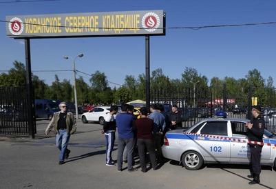 Участников драки на Хованском кладбище пообещали наказать вне зависимости от национальностей