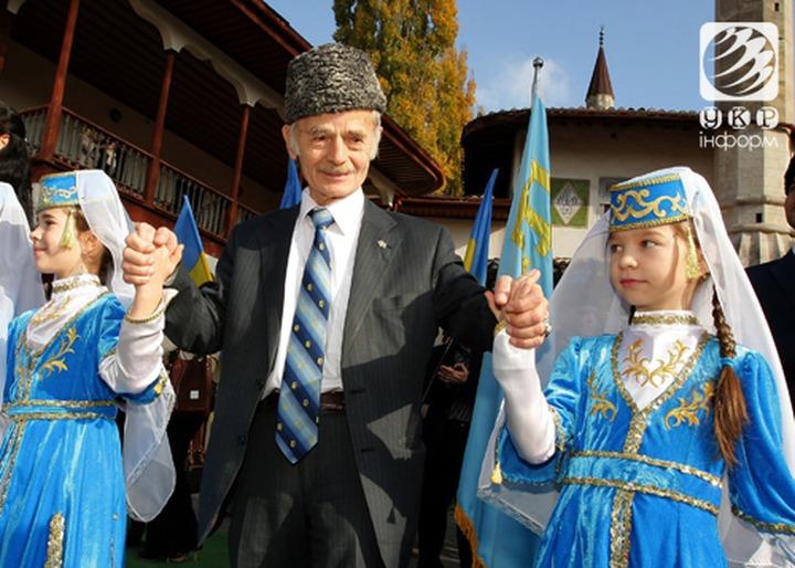 Порошенко назначил Джемилева уполномоченным по делам крымских татар на Украине