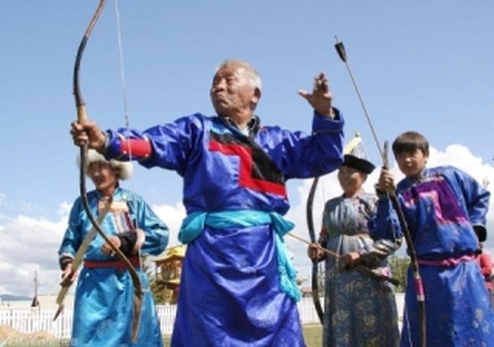 В Улан-Удэ завершился бурятский Сурхарбан
