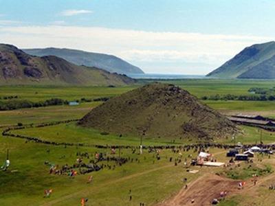 На Ёрдынских играх выберут красавицу, постригут овец и покажут якутскую вертушку