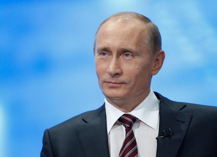 Путин заявил о необходимости создания системы мониторинга межнациональных отношений