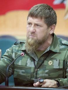 Кадыров призвал виновного в смертельном ДТП чеченца явиться в полицию