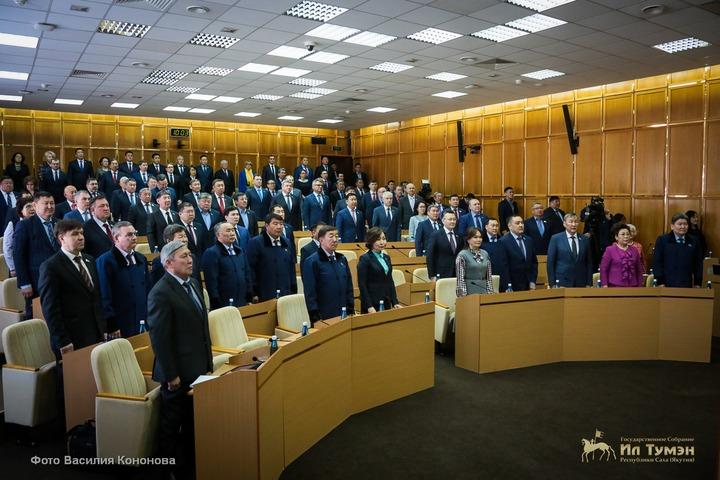 Комиссию по борьбе с нелегальной миграцией создали при парламенте Якутии