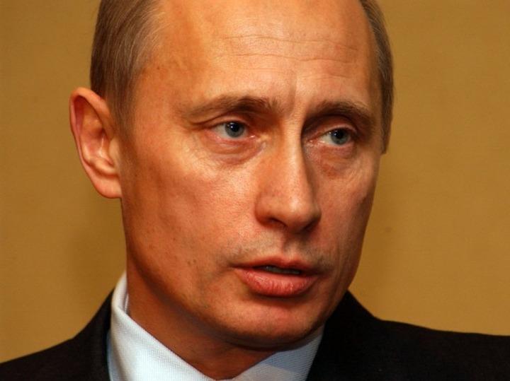 """Путин предложил следить за мигрантами с помощью """"умных камер"""""""