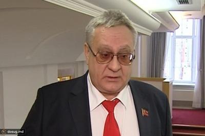 Оскорбление продавщицы по национальному признаку не попало в уголовное дело против лидера коммунистов Югры