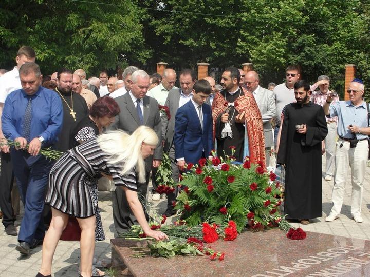 Крымчане почтили память депортированных армян, болгар и греков
