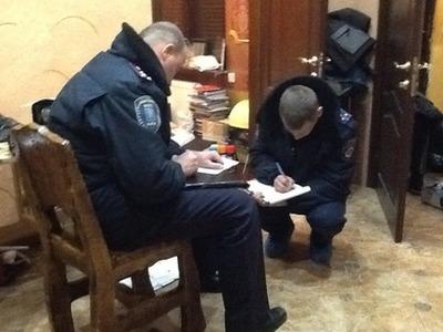 Адвокат: Следователи назвали повод для обыска у жены националиста Поткина