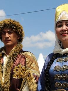 """На """"Студенческой весне"""" в Ставрополе открылись 13 национальных подворий"""