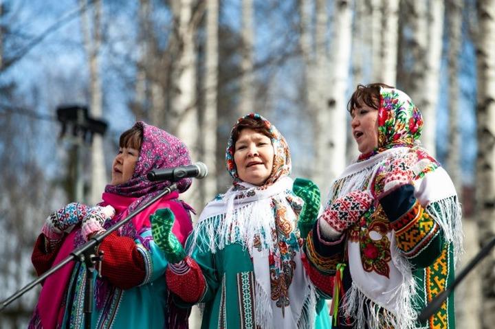 Лучшие фольклорные коллективы Югры выберут на интернет-конкурсе