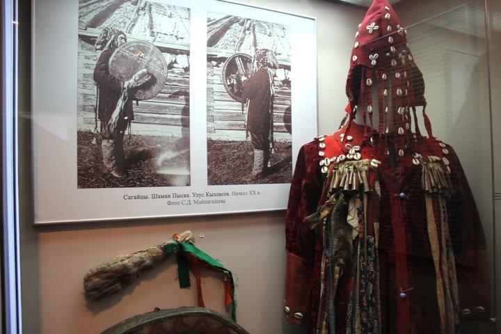 Рязанцев знакомят с народами Южной Сибири
