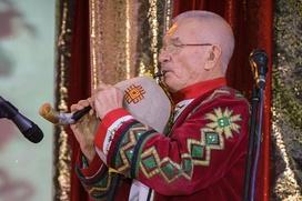 """Форум самобытных этнических групп и исполнителей на старинных и аутентичных инструментах """"Истоки"""""""
