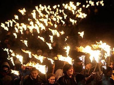 Архангельские поморы отметили Новолетие факельным шествием