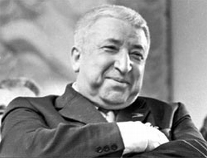 На дагестанском празднике песни и труда вспоминали Расула Гамзатова
