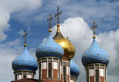 Православные россияне отмечают День крещения Руси