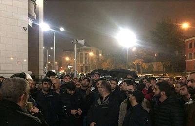 Конфликт с азербайджанцами произошел в московской Соборной мечети