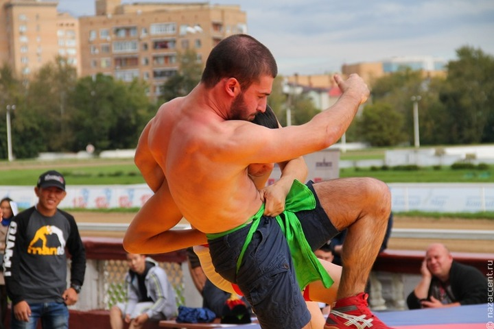 Фестиваль неолимпийских и национальных видов спортивной борьбы прошел в Москве
